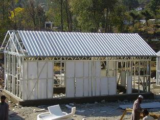 China Gele Modulaire Huizen/Lichte Prefab het Huisuitrustingen van het Staalkader voor het Leven leverancier