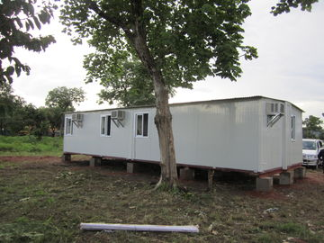 China Witte/Gele Draagbare Noodsituatieschuilplaats voor Familieschuilplaatsen, Tijdelijke Schuilplaatsen verdeler